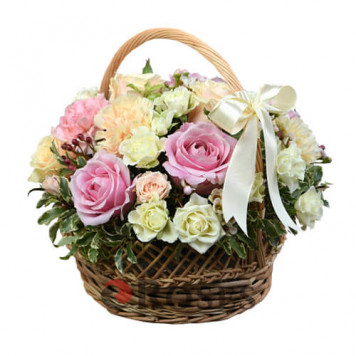 "Basket ""Tender Gift"""